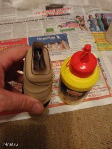 Склеили ручку хорошим столярных клеем и хорошо сжали резиновой лентой