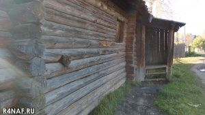 Russian hut, wall