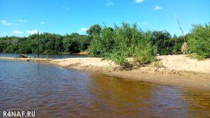 Uninhabited island on Vyatka river, 14 MHz antenna