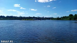 View from the island to the city of Kirov.
